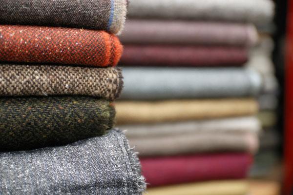 tkanina-raznih-boja
